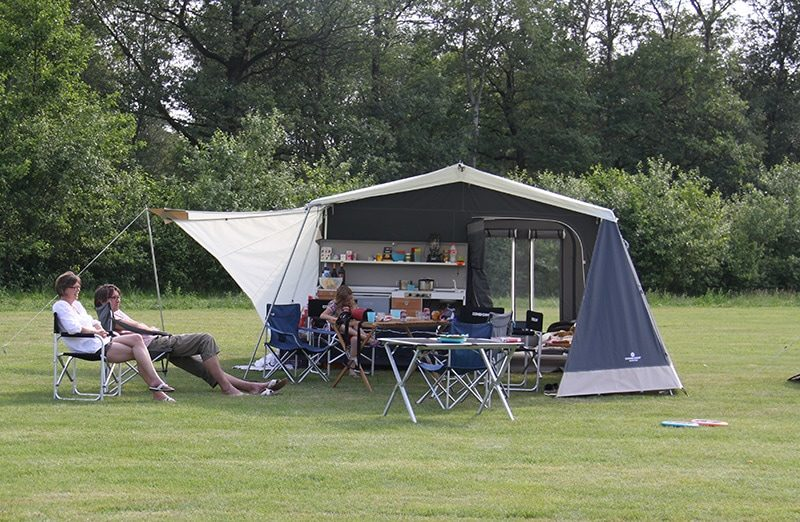 Combi-Camp Country Xclusive trailer tent