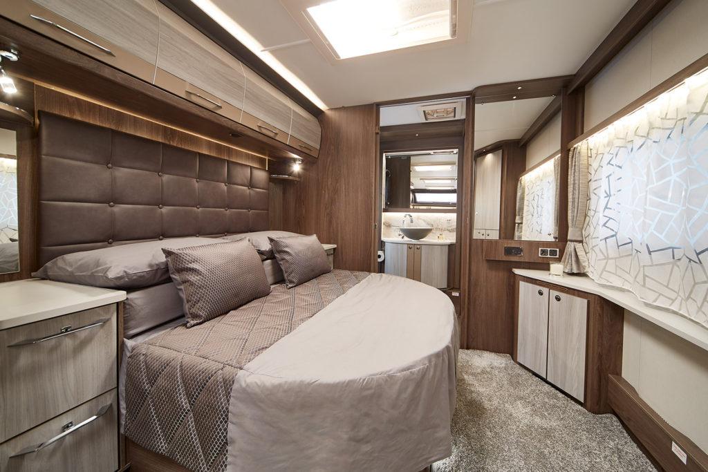 Coachman Lusso interior